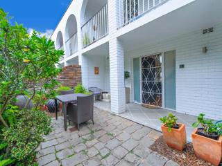 Cozy 2 bedroom House in Rose Bay - Rose Bay vacation rentals