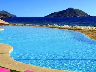 Perfect Condo with Internet Access and A/C - Mazatlan vacation rentals