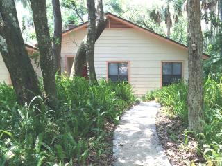 Cozy House with Internet Access and A/C - Atlantic Beach vacation rentals