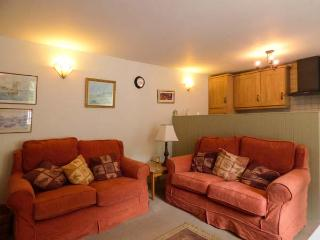 HONEYSUCKLE, washing machine, patio with furniture, short walk to beach, Gorran Haven, Ref 926225 - Gorran Haven vacation rentals