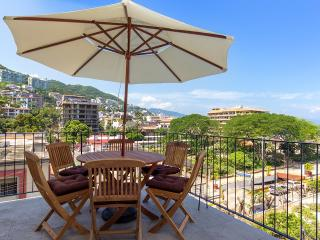 Beautiful view to The Park at Romantic Zone - Puerto Vallarta vacation rentals