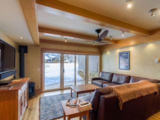 Perfect 2 bedroom Telluride Condo with Deck - Telluride vacation rentals