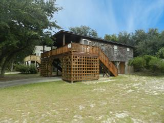 Nice House with Internet Access and A/C - Kill Devil Hills vacation rentals