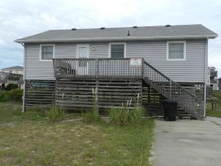 Adorable 4 bedroom House in Kitty Hawk with Internet Access - Kitty Hawk vacation rentals