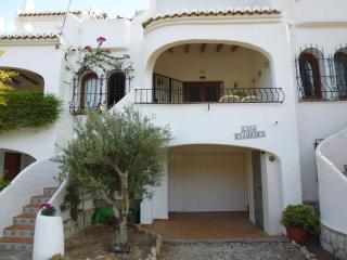 Nice Bungalow with Internet Access and Dishwasher - Jesus Pobre vacation rentals