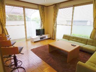 Osaka Toyonaka1 house - Osaka vacation rentals