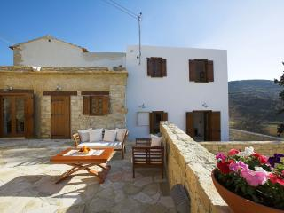 2 bedroom Cottage with Television in Apsiou - Apsiou vacation rentals