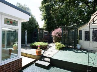 Bournemouth detached Holiday House. Ensbury park. - Bournemouth vacation rentals