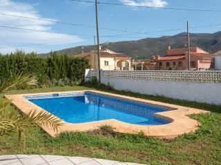 FULLANA - Property for 4 people in XALO - Jalon vacation rentals