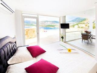 Mahmut Salvarli Suite 4 - Samundra - Malatya vacation rentals
