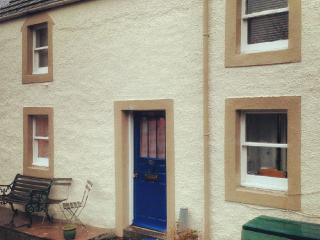 Comfortable Cottage with Internet Access and Wireless Internet - Abernethy vacation rentals