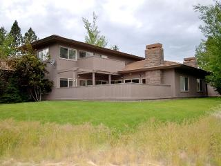 Perfect 2 bedroom House in Bend - Bend vacation rentals