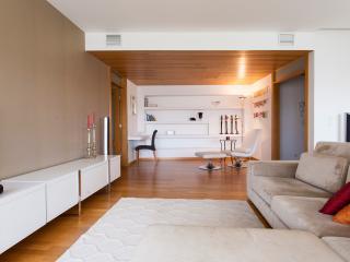 Nice 2 bedroom Condo in Moscavide - Moscavide vacation rentals