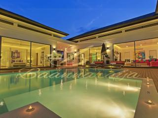 Baannaraya Villas Near 7 Beaches  D7 - Nai Harn vacation rentals