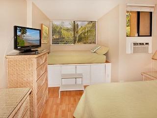 KR307 Partial Ocean View - Kihei vacation rentals