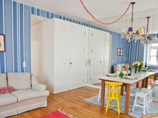Bairro Alto Luz Apartment - Lisbon vacation rentals