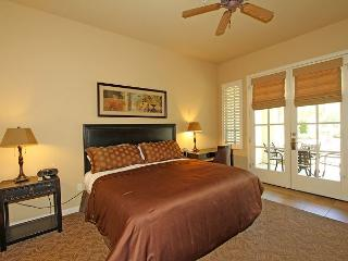 A Well-Equipped Downstairs Studio a Short Walk to the Fitness Center - La Quinta vacation rentals