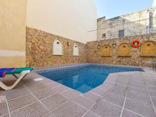 Tas-Summiena Villa with Private Pool - Sanat vacation rentals