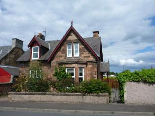 Muirpark family self catering holiday house - Dalkeith vacation rentals