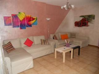 Cozy 3 bedroom San Salvo Apartment with Deck - San Salvo vacation rentals