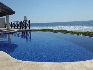 Monterrico Villa Hawaii km 160 aldea Hawaii - Iztapa vacation rentals