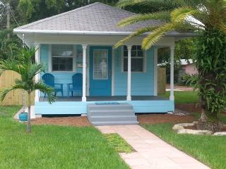 Nice Cottage with Internet Access and A/C - Wilton Manors vacation rentals