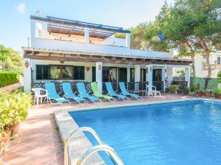 CAN PUNXA - Property for 8 people in Cala Pi - Cala Pi vacation rentals