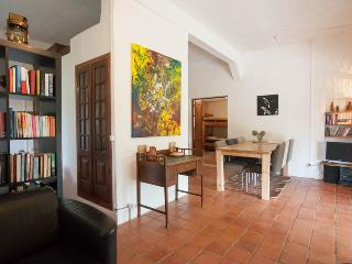 Cozy 2 bedroom Vimeiro Apartment with Internet Access - Vimeiro vacation rentals