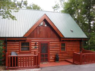 GOTTA HAVE FAITH -  Come stay at our enchanting cabin in the woods! - Pigeon Forge vacation rentals