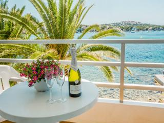 PLATJA GRAN - Property for 4 people in SANTA PONÇA - Santa Ponsa vacation rentals