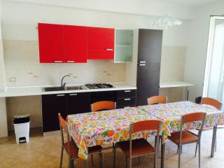 Bright 3 bedroom Apartment in Falcone with Short Breaks Allowed - Falcone vacation rentals