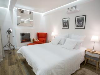 Studio Cinema - Paris vacation rentals