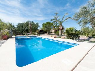 VILA - Property for 8 people in SANTA MARGALIDA - Santa Margalida vacation rentals