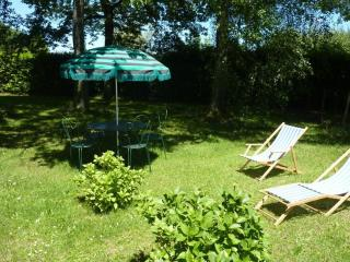 Romantic 1 bedroom Capvern Gite with Internet Access - Capvern vacation rentals