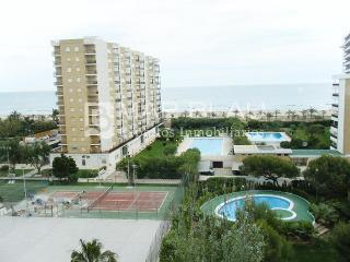 Piso en playa de Gandia Ref. MIK4_8 - Valencia Province vacation rentals