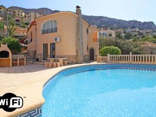 Bright 4 bedroom Villa in Calpe with Television - Calpe vacation rentals