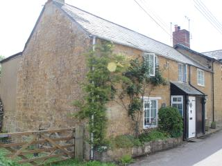 Perfect Cottage with Internet Access and Central Heating - Bridport vacation rentals