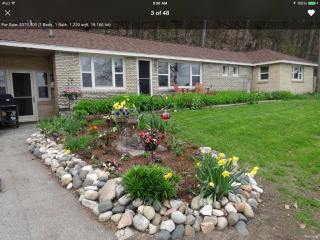 Lovely 3 bedroom Traverse City House with Deck - Traverse City vacation rentals