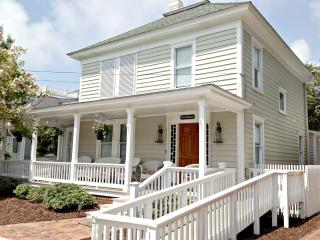 Nice House with Deck and Internet Access - Beaufort vacation rentals