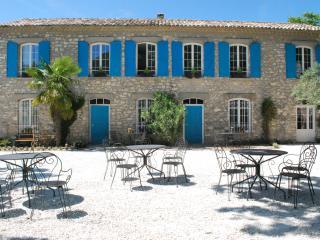 bastide de la Lézardière - Romarin + terrasse - Fontaine de Vaucluse vacation rentals