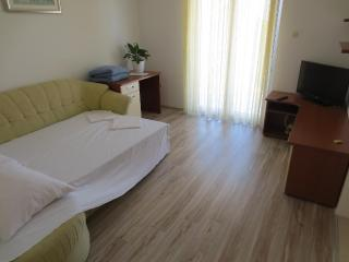 Spacious apartment available in Aug. - LAST MINUTE - Makarska vacation rentals