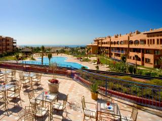 Comfortable 1 bedroom Resort in Estepona with Internet Access - Estepona vacation rentals