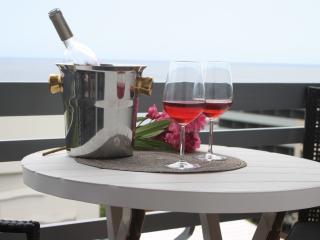 Lido Mar - Lovley sea views - Funchal vacation rentals
