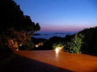 B&B Villa Arte - LETTO A CASTELLO - La Maddalena vacation rentals