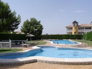 2 Bedroom Bungalow near Villamartin - Villamartin vacation rentals