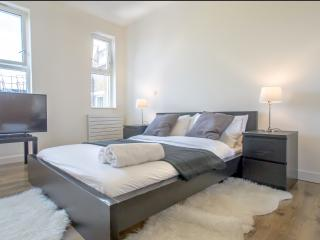 2 Bedroom Apartment in Holborn BH0629 - London vacation rentals