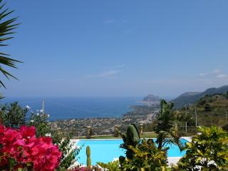 Beautiful Condo with Internet Access and Dishwasher - Cefalu vacation rentals