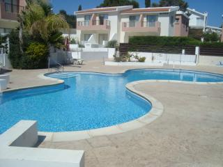 2 bedroom apartment, with super pool and free wifi - Erimi vacation rentals