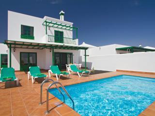 Playa blanca 3 bedrooms villa with private pool - Playa Blanca vacation rentals