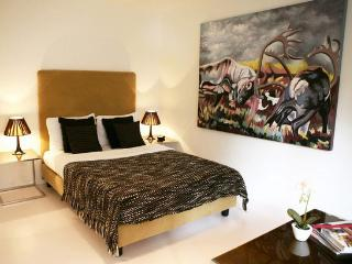 Nice Condo with Internet Access and Kettle - Zurich vacation rentals